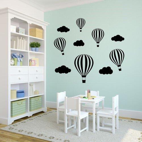 luftballoner og skyer - wallstickers til børneværelset.