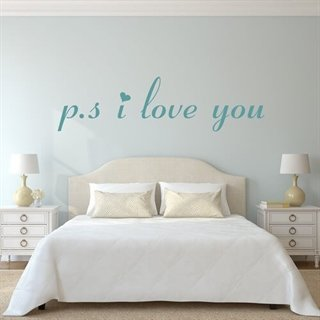 En sød Wallstickers med teksten. P.s. i love you!